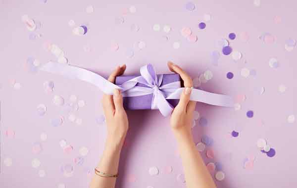 サプライズプレゼント-誕生日プレゼント選びに最適な方法